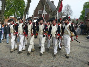 Bild 12 - Ausmarsch der 8ème aus der Festung