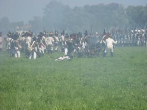 Bild 26 - Schnell rückt unsere Infanterie vor.