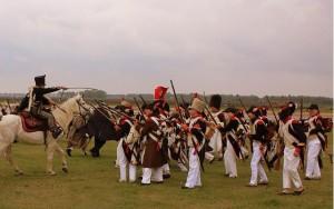 Bild 12 - Beim Vormarsch greift uns plötzlich feindliche Kavallerie an