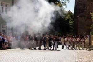 Bild 15 - Sächsische Truppen versuchen Widerstand zu leisten