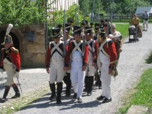 Bild Nr. 9 - Das 3. Regiment der Schweizer marschiert auf