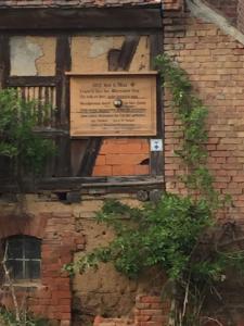 Bild 7 - Hier krachte eine Kanonenkugel in das Haus...