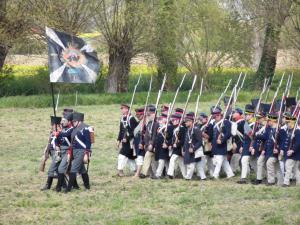 Bild 20 - Der Feind marschiert auf.