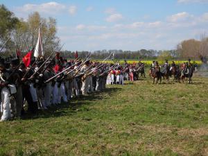 Bild 27 - Im Abwehrkampf gegen die schweren Kavallerieangriffe.