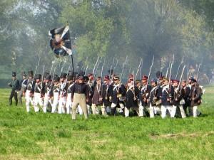 Bild 8 - Die Preussen rücken mit Entschlossenheit vor.