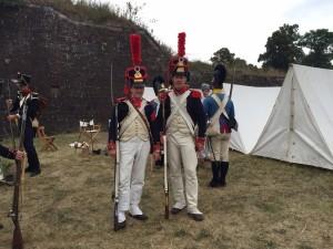 Bild 08 - Die Grenadiere Taside und Jean-Francois in Paradeuniform!
