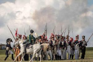 Bild 24 - Kavallerie greift uns an. Gerade noch rechtzeitig können wir ein Karree bilden.