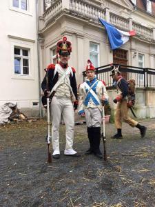 Bild 3 - Grenadier Jean Francois und Rekrut Philipp sind wohl gerüstet.