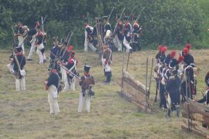 Bild 18 - In schweren Kämpfen können wir den Gegner zurückdrängen.