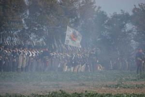 Bild 37 - Im Pulverdampf machen sich die Preussen fertig.