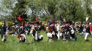 Bild 12 - Es formiert sich in die Schlachtlinie.