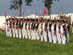 Bild 11 - Unsere Freunde von der belgischen 8ème sind für den grossen Tag bereit.