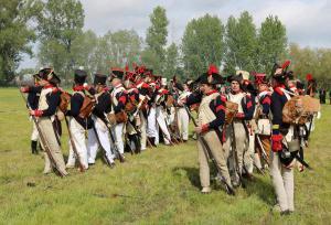 Bild 15 - Nach der siegreichen Schlacht werden die Musketen überprüft.