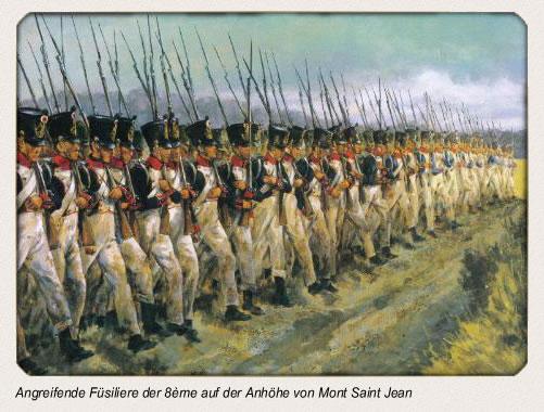 Angreifende Füsiliere der 8ème auf die Anhöhe von Mont Saint Jean