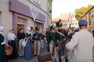 Bild 12 - Requirierung in den Strassen durch sächsische Truppen