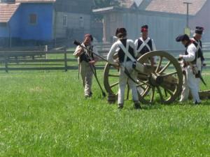 Bild  Nr. 1 - Die Artillerie der 22. macht sich fertig