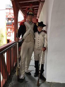 Bild 33 - Grenadier Jean Francois mit Sohn in der Pfalzgrafenburg