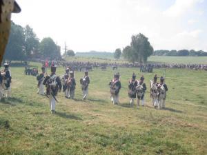 Bild 18 - Hier verschanzt sich der Gegner also. Das grosse Gebäude nennt sich Chateau Hougoumont...
