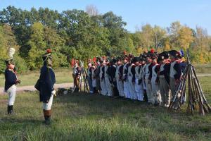 Bild 10 - Abschließende Ansprache an die Truppe. Der Feind soll sich warm anziehen.