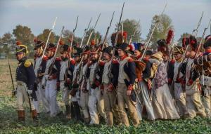 Bild 29 - Dahinter unsere 2. Sektion. Grenadiere der 67ème de Ligne haben sich uns angeschlossen.