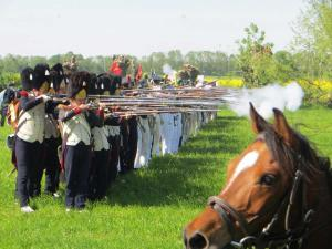 Bild 18 - Im Kampf mit der feindlichen Infanterie.