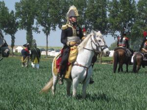 Bild 13 - Marschall Ney beobachtet seine Soldaten.