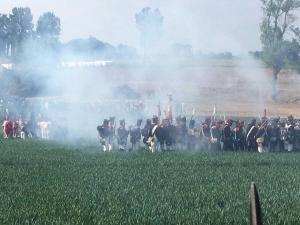 Bild 22 - Unsere Infanterie rückt vor.
