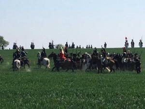 Bild 25 - Der linke Flügel des Gegners wird von unserer Kavallerie festgenagelt.