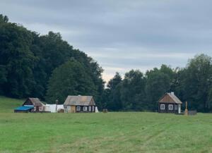 Bild 19 - Noch ist es im Dorf Kulm ruhig.